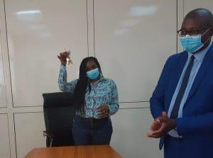 La SG de la COSUMAF et le représentant du Ministère des Finances du        </div> <span class=